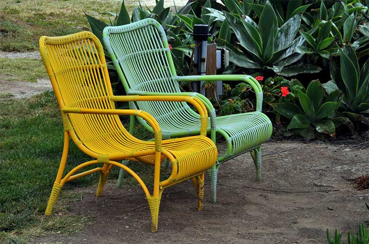 patio sagging chairs